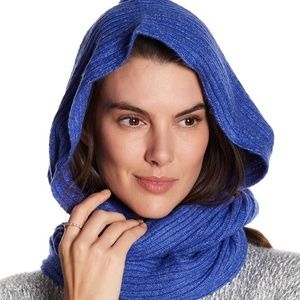 🆕 Free People Hooded Infinity Scarf